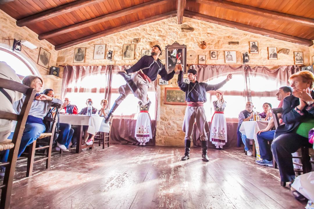 Παραδοσιακό συγκρότημα «ΜυρΑγάπη»